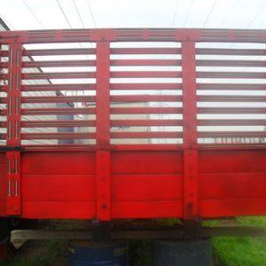 Carroceria para caminhão de madeira